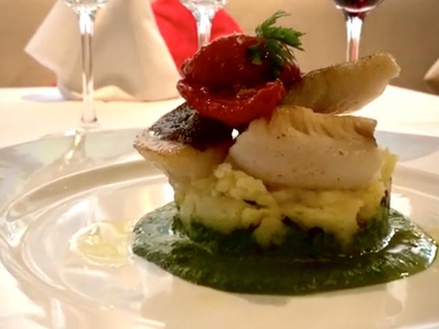 La Lorraine Filet de Saint Pierre / Pommes de terre écrasée / Coulis acidulé de Cresson
